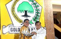Merasa Lulusan Golkar, Prabowo Bikin Kesepakatan Politik dengan Airlangga - JPNN.com