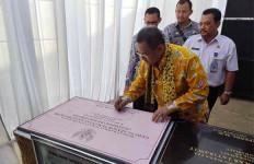 Selain Bupati Indramayu, KPK Amankan Tujuh Orang Lainnya - JPNN.com