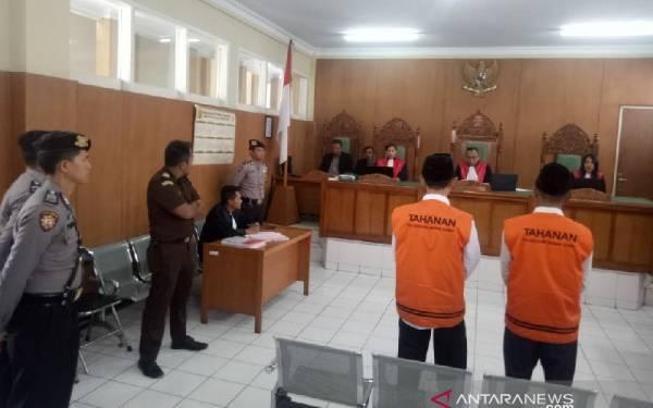 Dua Terdakwa Pembunuh Sopir Daring Divonis Hukuman Mati - JPNN.com