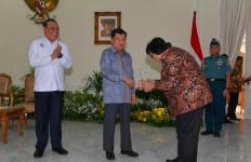 Diakhir Masa Jabatan Menteri Siti, KLHK Raih Dua Penghargaan - JPNN.com
