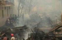 Puluhan Rumah Ludes Terbakar di Palembang, Termasuk Rumah Orang Tua Kapolri - JPNN.com