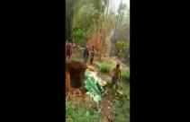 Video Viral, Anak Bongkar Makam Seorang Ibu yang Baru Meninggal - JPNN.com