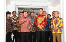 Jusuf Kalla Pastikan Hadir di ProsesiPelantikan Presiden dan Wapres Baru - JPNN.com