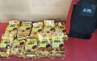 Simpan 15 Bungkus Teh Tiongkok Berisi Sabu, IRT di Aceh Disergap Polisi