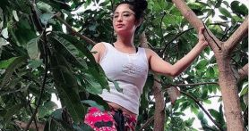 Kaca Rumah Mendadak Pecah, Dewi Perssik: Aku Enggak Takut dengan Hal Mistis