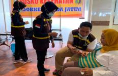 Seorang Ibu Kembali dari Wamena dengan Luka Bacok di Tangan - JPNN.com