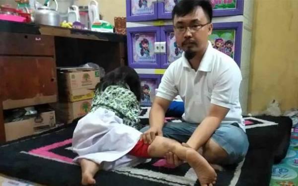 Dua Bocah Diserang Kera Liar Berekor Panjang - JPNN.com