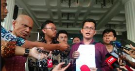 Ssstt...Novel Baswedan Titipkan Dokumen Penting untuk Pak Jokowi Sebelum Pelantikan Presiden
