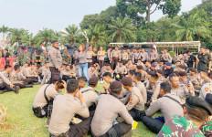 Aksi Hibur Aparat Dikritik, Irma Darmawangsa Bilang Begini - JPNN.com