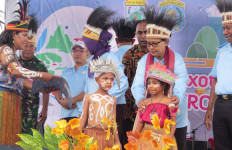 Aplikasi Visit Raja Ampat di-launching di Festival Pesona Bahari Raja Ampat 2019 - JPNN.com
