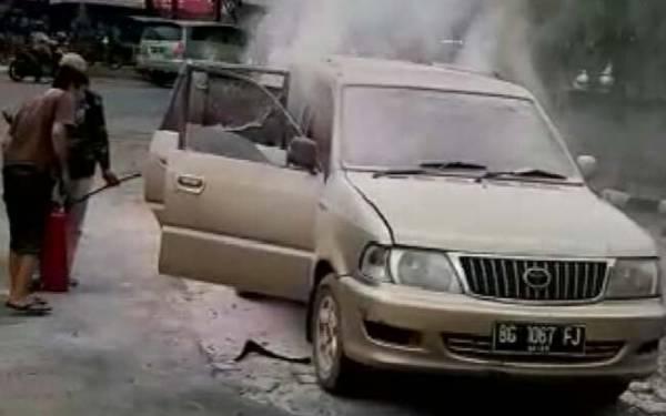 Sopir Merokok Saat Isi BBM di SPBU, Ya Begini Jadinya - JPNN.com