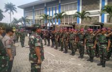 TNI Siagakan Pesawat, Pantau Sniper Asing di Sekitar Area Pelantikan Jokowi - Ma'ruf - JPNN.com