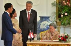 Jelang Dilantik Lagi, Presiden Jokowi Tegaskan Komitmen RI di Hadapan Pemimpin Negara Sahabat - JPNN.com