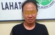 Mbak Riva Tak Berkutik Saat Tepergok Berbuat Terlarang - JPNN.com