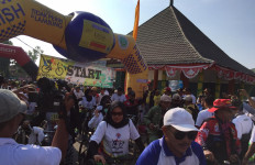Ribuan Peserta Gowes Nusantara 2019 Semangat Bersepeda di Pringsewu - JPNN.com