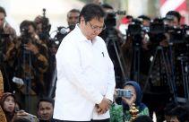 Begini Respons Airlangga Hartarto saat Ditanya soal Jabatan Menteri dan Ketum Golkar - JPNN.com
