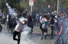Kenaikan Tarif Angkutan Picu Kerusuhan, Sudah Dua Minggu Belum Reda - JPNN.com