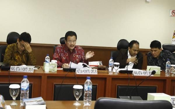 Komite II DPD RI: Kasus Karhutla Harus Dirumuskan Melalui Regulasi yang Efektif - JPNN.com