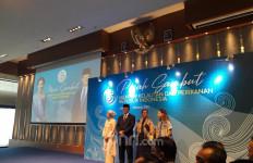 Edhy Prabowo Didampingi Istrinya, Bu Susi Ditemani Nadine Kaiser - JPNN.com