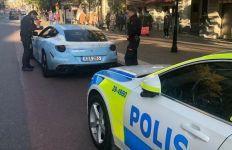 Ferrari FF Berkamuflase ala Mobil Polisi Mencuri Perhatian - JPNN.com