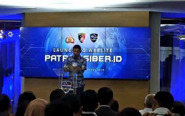 Jokowi Tunjuk Komjen Idham Aziz Jadi Kapolri - JPNN.com