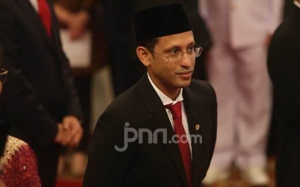 PR Mendikbud Nadiem Makarim Sangat Banyak dan Mendesak - JPNN.com