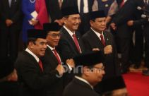 Menteri yang Bertahan dan Bergeser di Kabinet Jokowi - JPNN.com