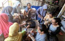 Desa Perajin Batik Ramah Lingkungan Ada di Tuban - JPNN.com