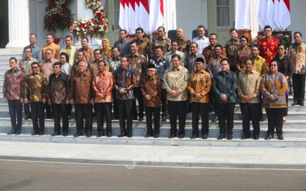 RESMI! Ini Nama 34 Menteri di Kabinet Indonesia Maju Jokowi-Ma'ruf - JPNN.com