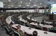 TNI AL Gelar Latihan Penegakan Hukum di Laut - JPNN.com