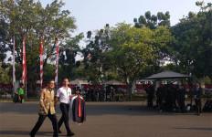 Calon Pembantu Presiden Jokowi Disuruh Pakai Batik - JPNN.com
