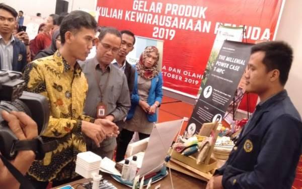Kemenpora Menggelar Produk Hasil Kuliah Kewirausaha Pemuda 2019 - JPNN.com