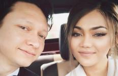Dituduh 'Kumpul Kebo' Sebelum Menikah, Rina Nose: Siap yang Mulia - JPNN.com
