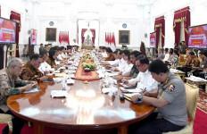 Jokowi Ungkap Sejumlah Menteri Tak Patuh di Periode Pertamanya - JPNN.com
