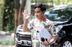 Pamit dari Diskusi PDIP, Gibran Jalani Swab Test - JPNN.com