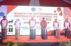 Kemnaker Dorong Pemerataan Kualitas Instruktur di Indonesia - JPNN.com