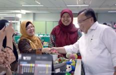 Menyalami Pegawai Tiap Lantai, Menteri Bambang Disambut Hangat - JPNN.com