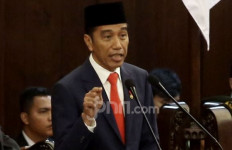 Presiden Jokowi Mengaku Disodori 300 Nama Calon Menteri - JPNN.com