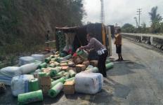 Kecelakaan Maut di Jalinsum Tarahan, Satu Keluarga Tewas Ditabrak Truk - JPNN.com