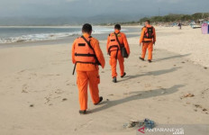 Pantai Santolo Garut Makan Korban Jiwa - JPNN.com