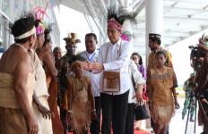 Percayalah, Pak Jokowi Punya Komitmen Kuat Membangun Papua - JPNN.com