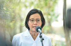 Kabar Gembira dari Bu Sri Mulyani untuk Guru Honorer, Tahun Depan akan Diangkat - JPNN.com