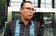 Kelar Jalani Pemeriksaan di KPK, Nico Siahaan Gugup Ladeni Media - JPNN.com