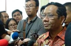 Anggap Teroris Main Hit and Run, Pak Mahfud Bantah Anggapan Kebobolan - JPNN.com