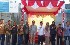 Bea Cukai Maluku Lepas Ekspor Perdana Olahan Kayu Framing Door ke India - JPNN.com