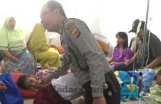 Puluhan Siswa SD-TK Keracunan Cireng dan Makaroni - JPNN.com