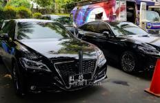 Para Pejabat Negara Sudah Pakai Mobil Dinas Baru, Nih Tampilannya - JPNN.com