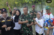 Perempuan Tani HKTI DKI Jakarta Sumbang Bibit Mangrove di Belitung - JPNN.com