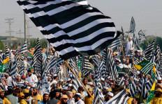 Tuntut Perdana Menteri Lengser, Oposisi Pakistan Ancam Kerahkan Santri untuk Demo - JPNN.com