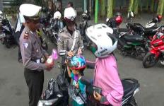 Operasi Zebra, Pak Polisi sudah Siapkan Hadiah Boneka - JPNN.com